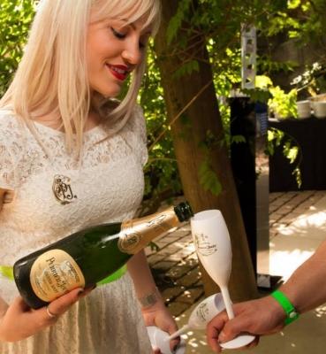We Love POA Champagne Perrier-Jouët